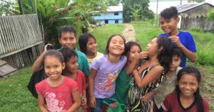 La escuelita de Iquitos está en un entorno espectacular