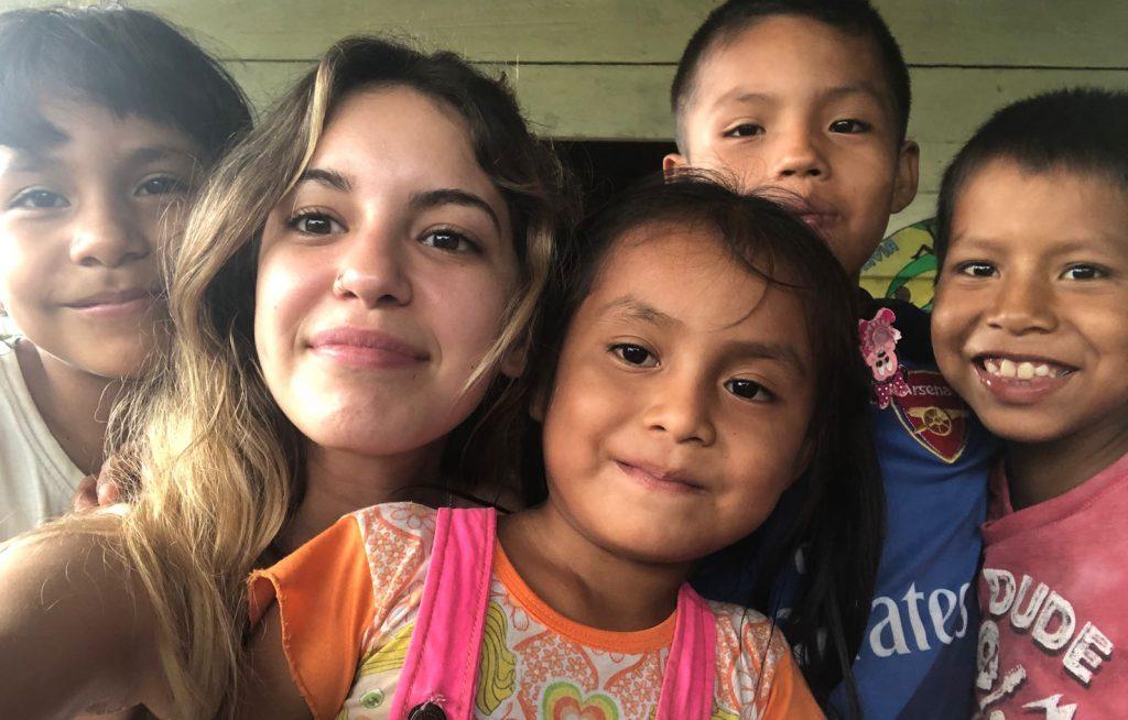 Educación con niños Iquitos Peru